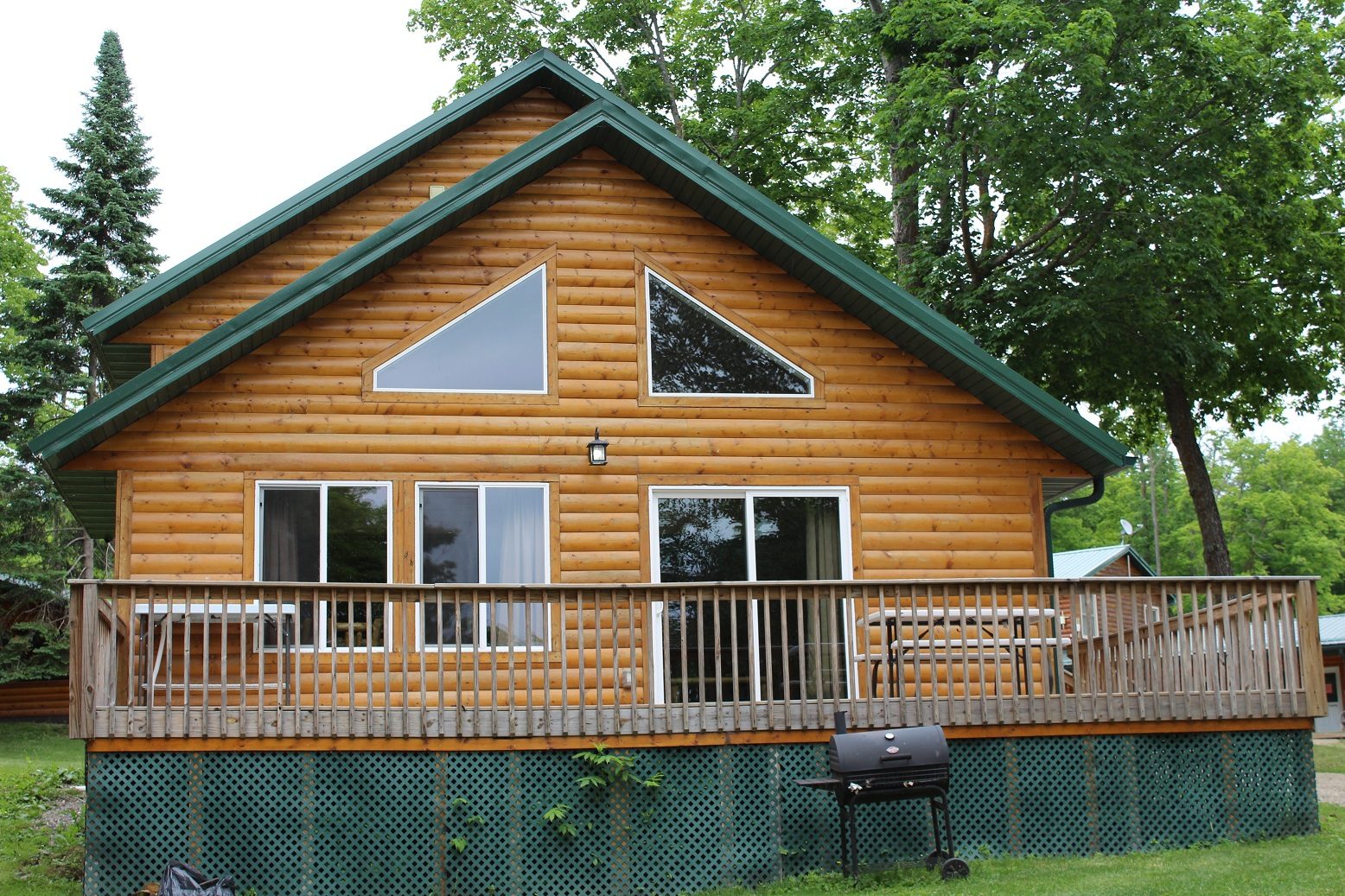 Cabin 14 Ext 1 (1)
